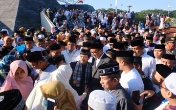 Wapres JK, Shalat Idul Adha di Lapangan Karebosi