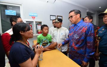 Gubernur Sulsel Jemput Pengungsi Wamena di Pelabuhan