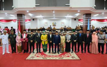 Pengambilan Sumpah Pimpinan Definitif DPRD Provinsi Sulsel